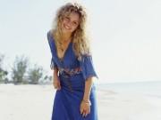 100 Shakira Wallpapers B50092107972435