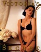 Photos of Past Bond Girls Ededba116580518
