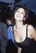 Кэтрин Бэлл, фото 9. Catherine Bell - 'The Negotiator' Premiere Los Angeles 22.7.1998, photo 9