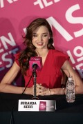 Miranda Kerr during press conference at Liverpool Polanco, 1 September, x25