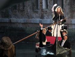 Dakota Fanning @ Venice, Italy on the set of Effie (12-06-2011) HQ 34x