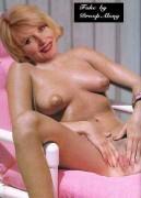 Free nude busty girls